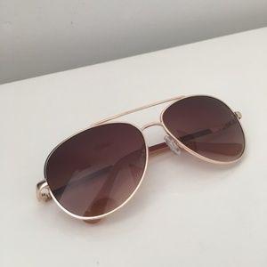 O by Oscar De La Renta Gold Aviator Sunglasses